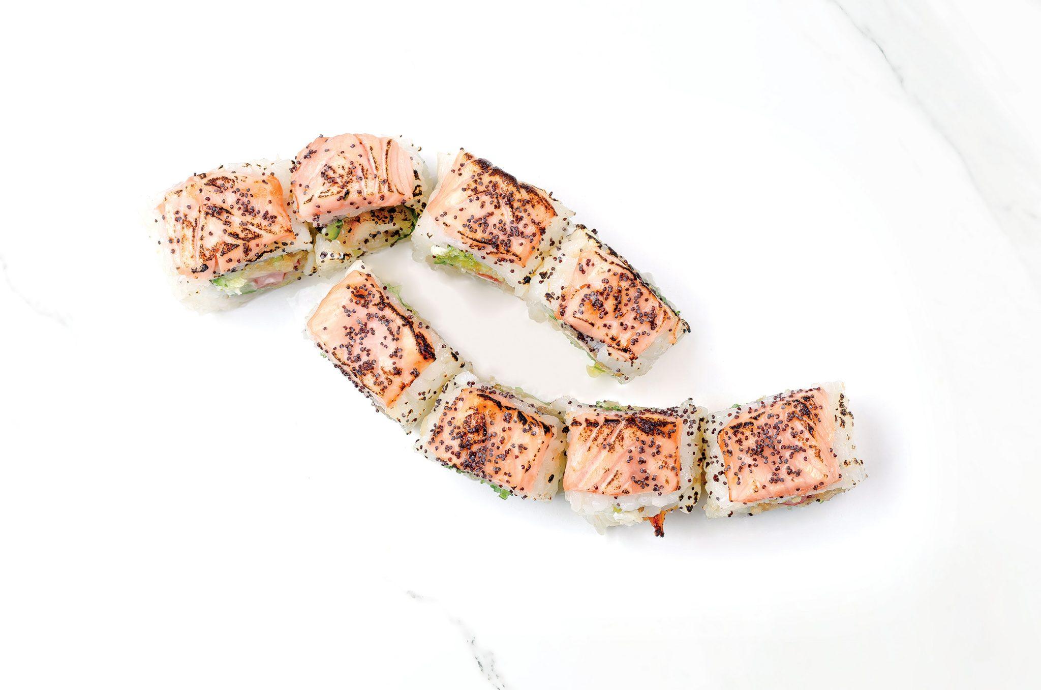 Рейнбоу суши с паниран октопод, запечена сьомга със сос от сливи
