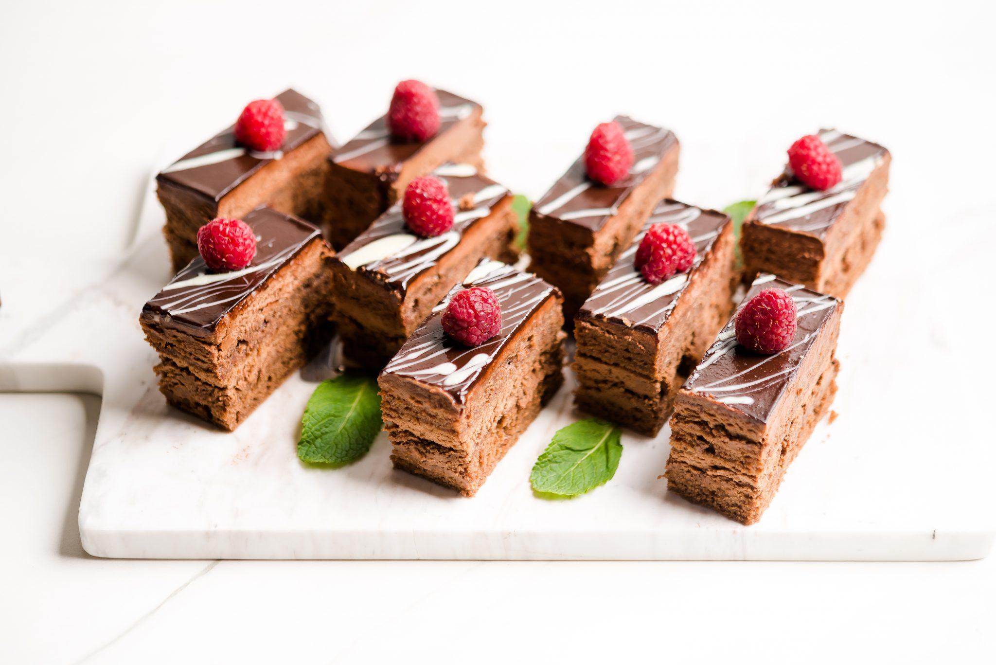 Мини шоколадови петифури