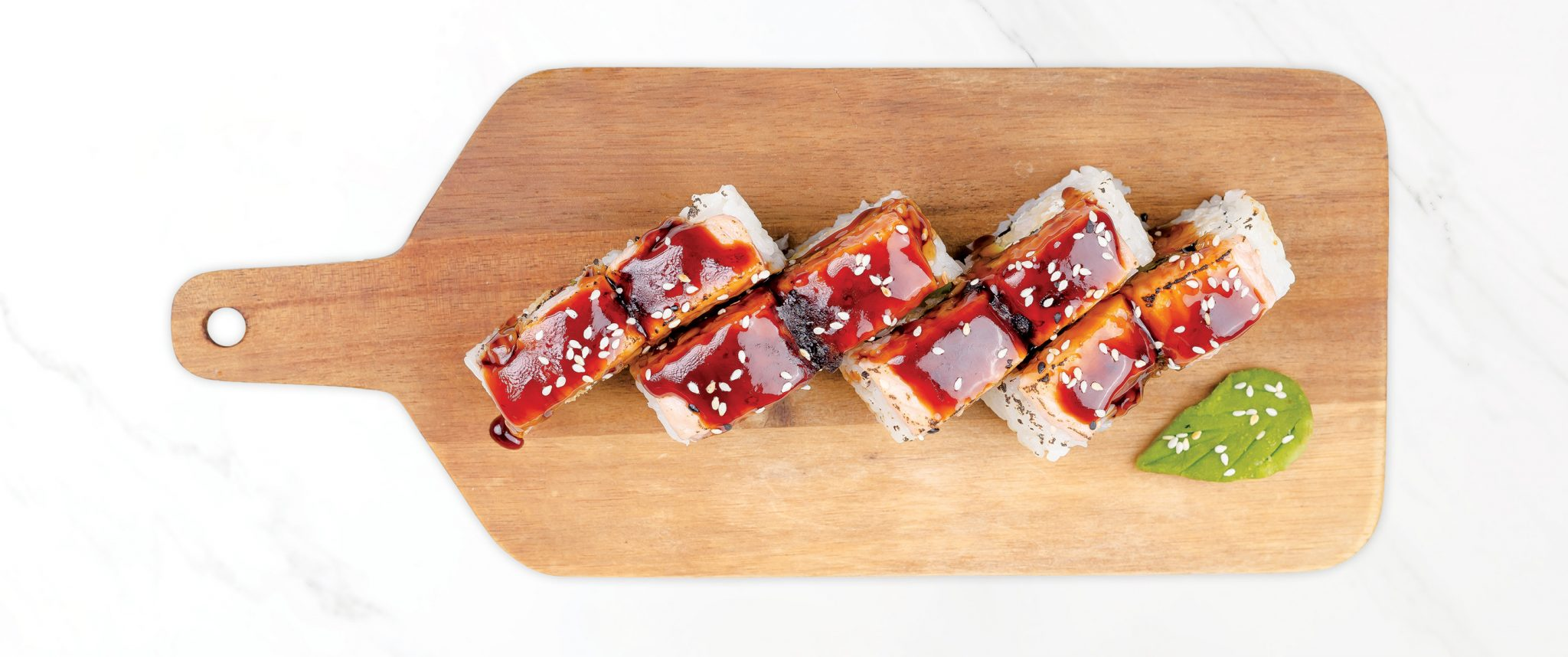Рейнбоу суши сьомга със скариди в темпура, запечени с терияки сос
