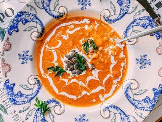 Питателна супа от нахут, сладък картоф и леща