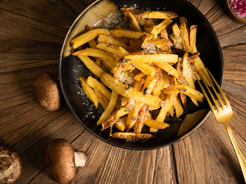 Пресни пържени картофи с пармезан и трюфел паста